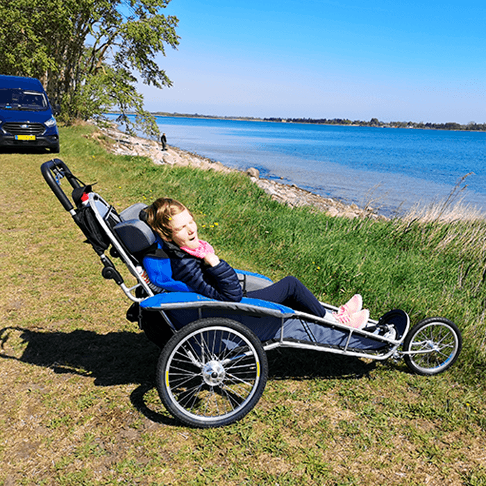 Beinta is very happy to finally be able to cruise outside with her family