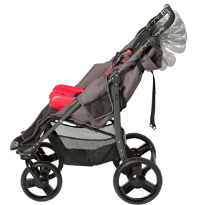 The EIO can be fitted with or Sitter seat size 1-2 and liner seat size 1-2, besides this it also have a adjustable handlebar so the users guardian can adjust it to the right position